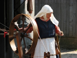 Photo credit: 'spinning wheel' - hans s via Foter.com / CC BY-ND Original image URL: https://www.flickr.com/photos/archeon/471510676/