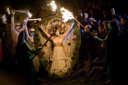 Photo credit: Beltane chrisdonia via Foter.com / CC BY-NC-SA Original image URL: https://www.flickr.com/photos/chrisdonia/4567551797/