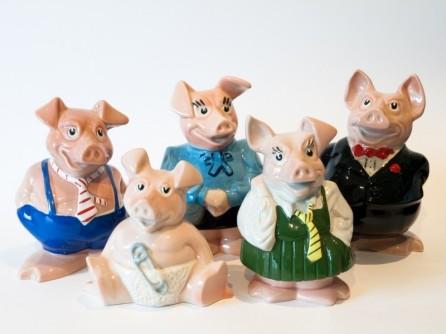 Natwest Piggy Banks wwarby via Foter.com / CC BY Original image URL: https://www.flickr.com/photos/wwarby/3295092107/