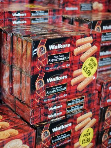 pure butter shortbread heaven - edinburgh dan.boss via Foter.com / CC BY-NC-SA Original image URL: https://www.flickr.com/itaboss/37447235981/