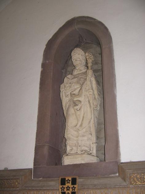 Delw Sant, Eglwys Gadeiriol Tyddewi Dogfael via Foter.com / CC BY-NC-SA Original image URL: https://www.flickr.com/dogfael/439098747/
