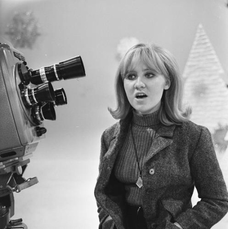 Lulu in 1965 on the set of Fanclub, Dutch TV. Photographer: R.Frings CC BY-SA 3.0 nl