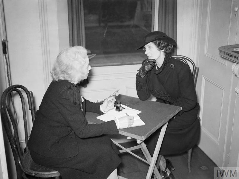 THE WORK OF THE CITIZENS' ADVICE BUREAU, ELDON HOUSE, CROYDON, ENGLAND, 1940