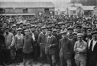 Prisoners of war at Poundbury (perhaps Otto is one of them).... Photo credit : Wessex Branch Western Front Association wessexwfa.org.uk - fair use