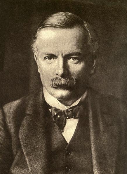 David Lloyd George, 1915 - Photo by A. & R. Annan & Sons - Public domain